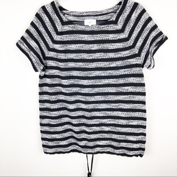 Lou & Grey Tops - Lou & Grey- Knit business casual top size: M